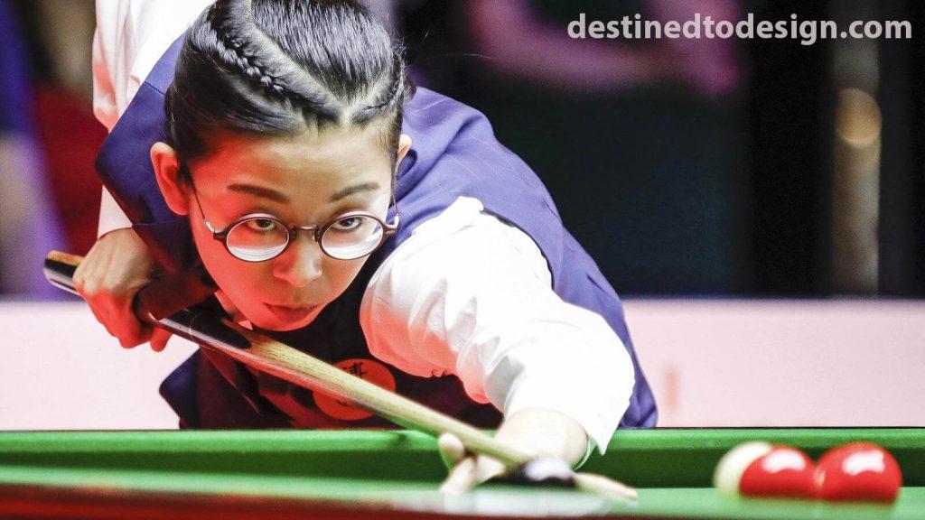 อึ้งออนยี เกิดเมื่อ 17 พฤศจิกายน 1990 เป็นฮ่องกงสนุ๊กเกอร์ผู้เล่นที่ได้รับรางวัลที่สามIBSF World Snooker ประชันและสามโลกหญิงสนุ๊กเกอร์